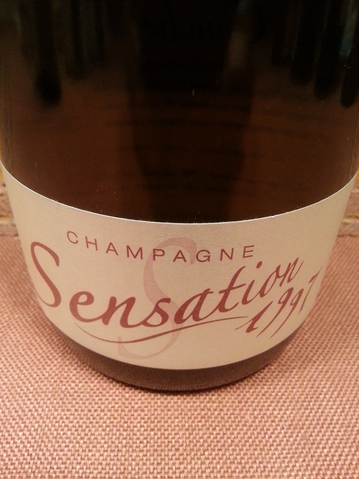 1997 Champagne Sensation | Couche