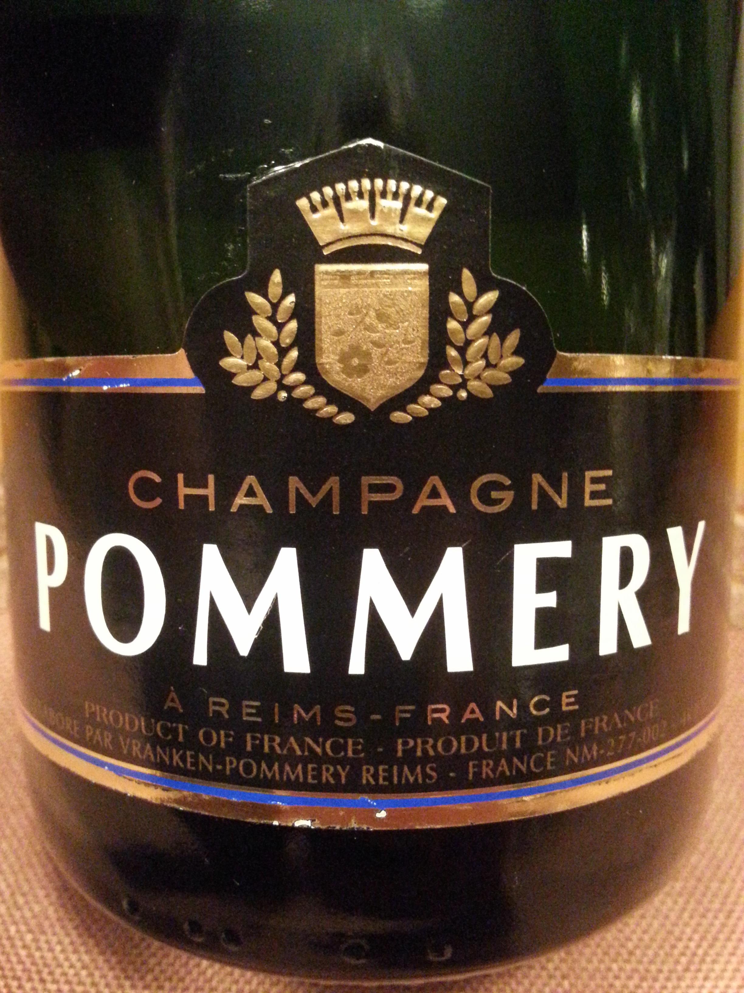 -nv- Champagne Brut Royale   Pommery
